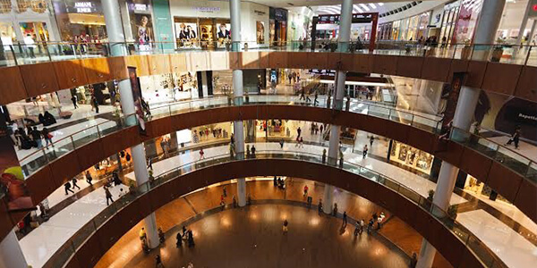 Enjoy a unique shopping experience at the Dubai Mall