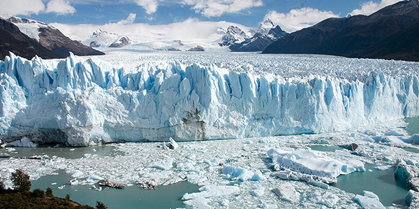 Gear up to be appalled by the mystic roars at Perito Moreno Glaciers, Argentina